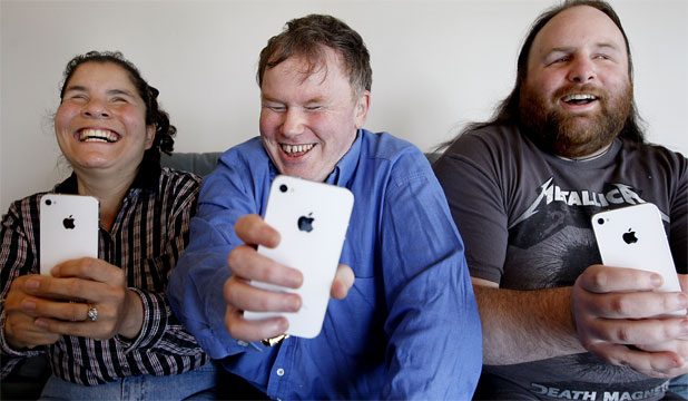 iPhone 4S: Life-changing phone for blind