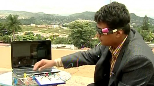 Teenage Honduran builds open source eye-tracking computer interface for the disabled