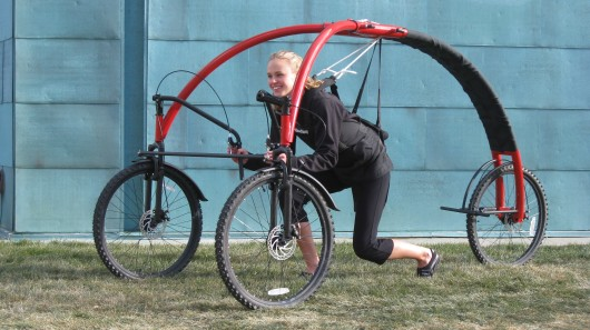 StreetFlyer: hang-gliding on three-wheels