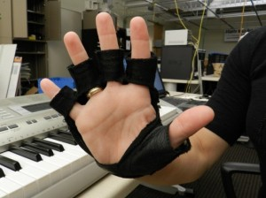 Musical Glove Improves Sensation, Mobility for People with Spinal Cord Injury