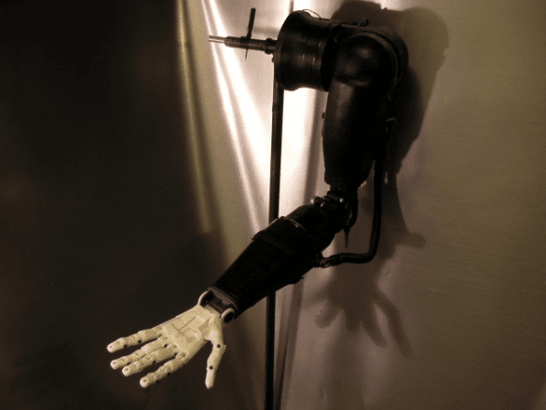 3D printed, brain-powered robo-arm