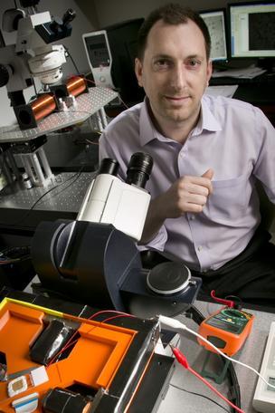 Les Todd Benjamin Yellen, Pratt School of Engineering professor of mechanical engineering and material science