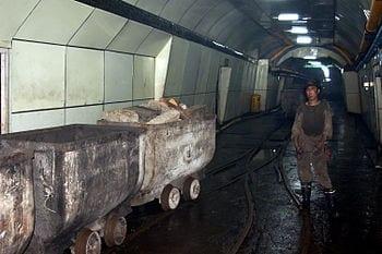 English: Coal miner in Xingtai, China (Photo credit: Wikipedia)
