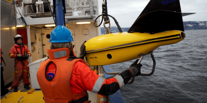 Divers are few and the tasks often hazardous, so the subsea industries are looking for the greater use of unmanned submarine vehicles. Photo: Geir Johnsen/NTNU/Aurlab