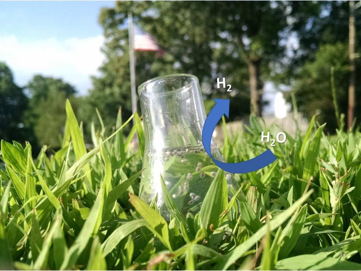 Star-shaped gold nanoparticles can produce hydrogen from water over four times more efficiently