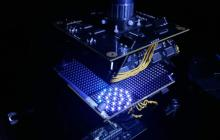 A smart microscope that uses machine learning to adapt lighting for much better diagnostics