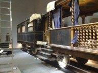 Vagone terrazzato usato come loggia per le benedizioni papali.
