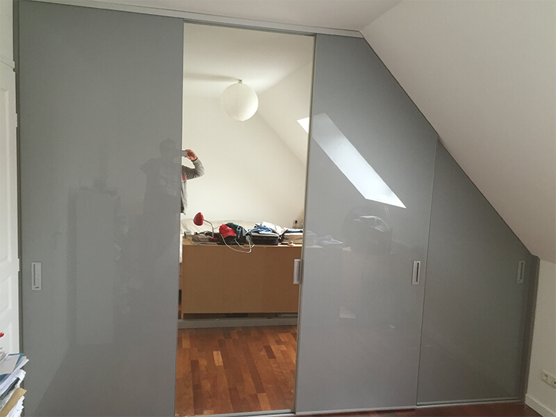 Sous Pente Laterale Porte Coulissante 46 Innov Home