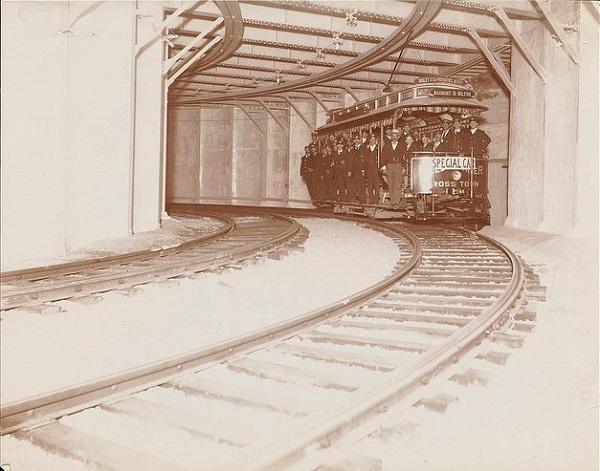 Heavy-Duty DC Motor / Trolley / Subway