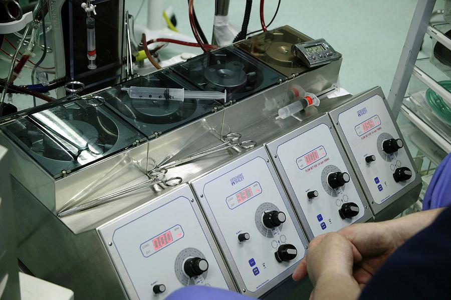 Heart-Lung Machine / Cardiopulmonary Bypass
