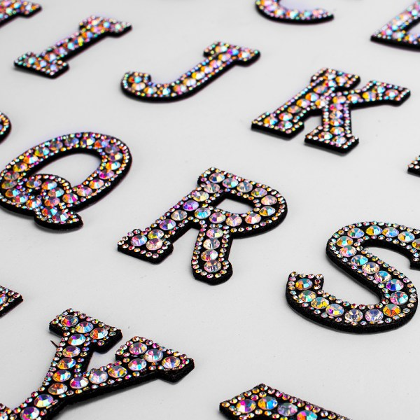 A Z 1pcs Rhinestone English Alphabet Letter Applique 3D Iron On letters Patch For Clothing Badge A-Z 1pcs Rhinestone English Alphabet Letter Applique 3D Iron On letters Patch For Clothing Badge Paste For Clothes Bag Shoes