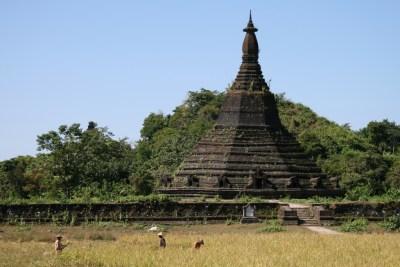 Laungbanpyauk pagoda templi di mrauk u myanmar birmania
