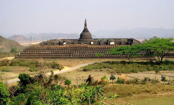 templi di mrauk u myanmar birmania