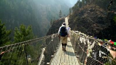 ponte sospeso sul Dudh Kosi nepal