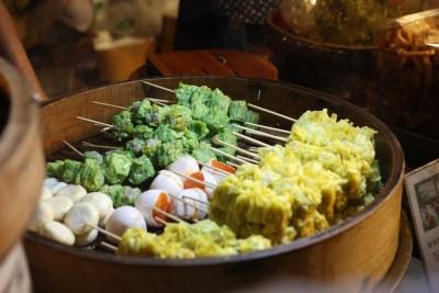 Jay Fai: lo street food premiato con la stella Michelin