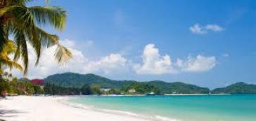 Una paradisiaca spiaggia di Pulau Langkawi – Malesia
