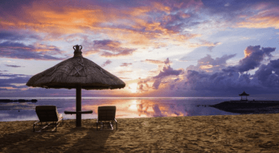 tramonto spiaggia a Bali