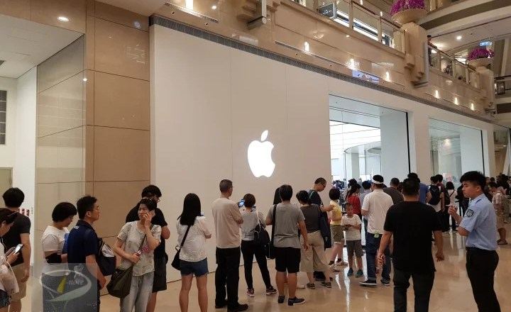 apple_store_2
