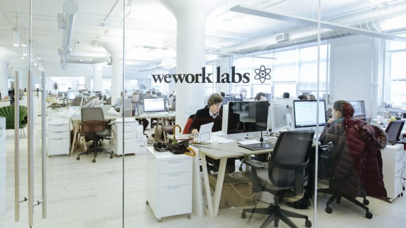 WeWork Mini Makerspace: Partner with Glowforge & Formlabs