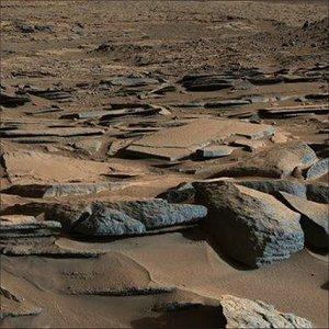 Curiosity encontra indícios de água líquida em Marte
