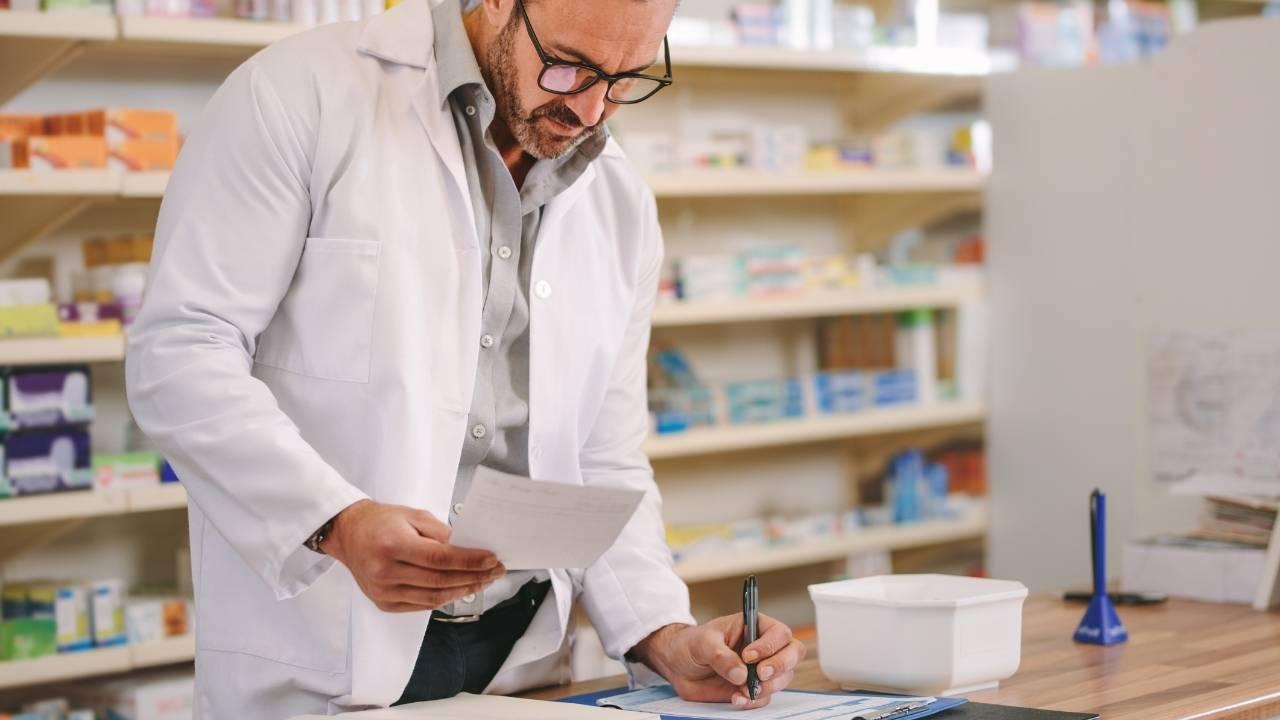 Guia Completo Balanços de Medicamentos Controlados