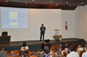 Sr. Paulo Rios apresentando a tinta EasyRad