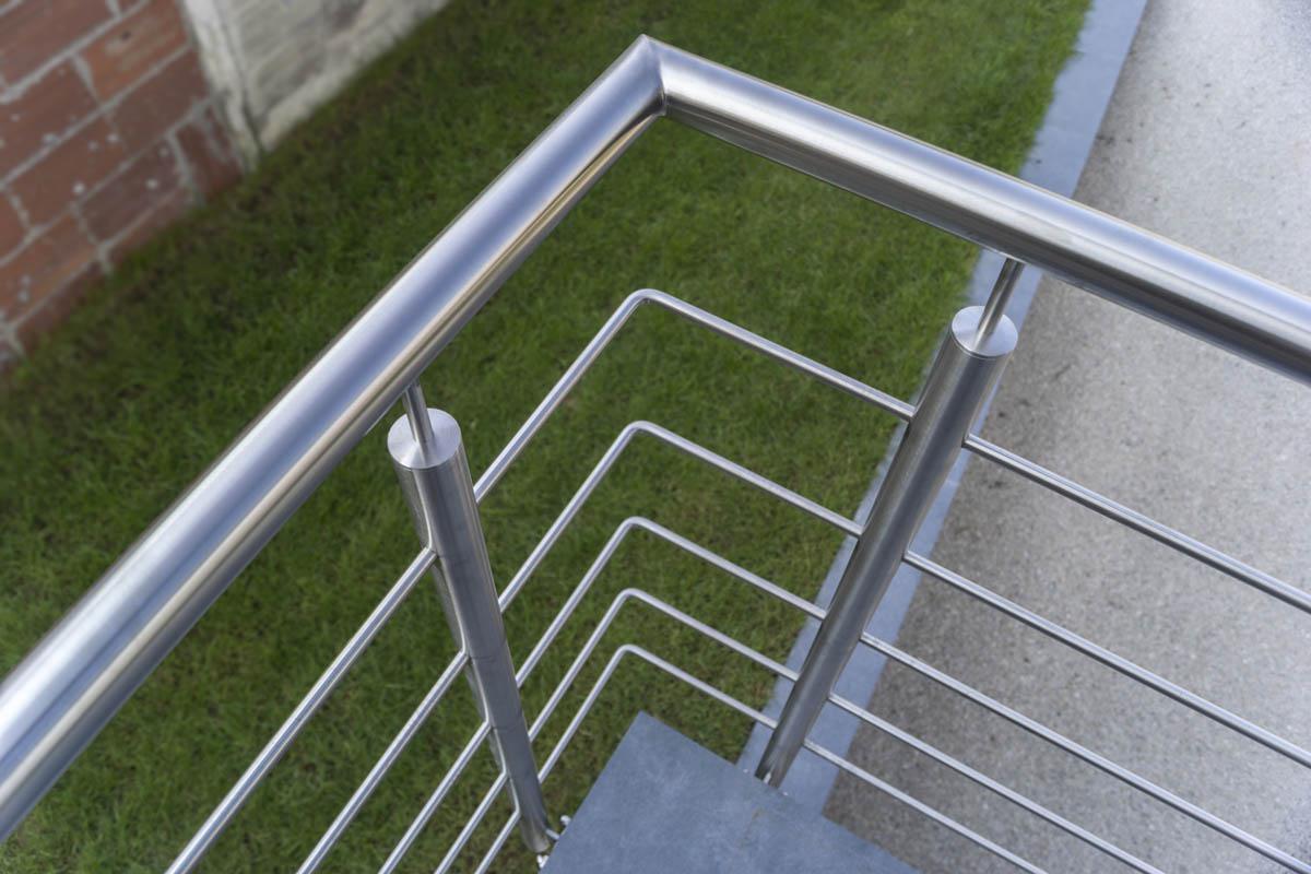 l inox des garde corps et rampes d escalier