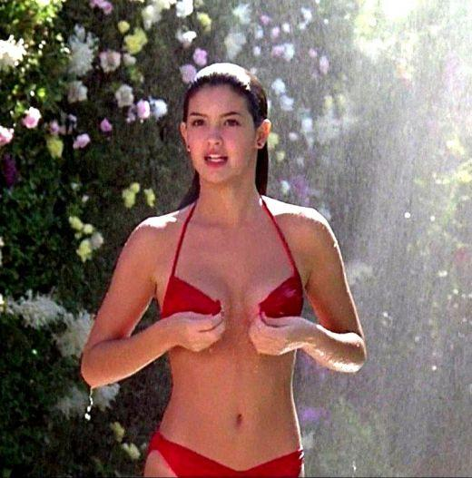 Fast Times At Ridgemont High Bikini Scene