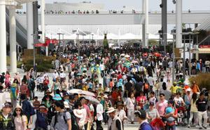 Crowds at Yeosu Expo 2012