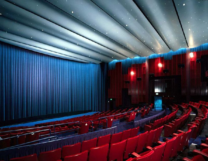 InPark Magazine – Christie to Supply Seattle Cinerama with
