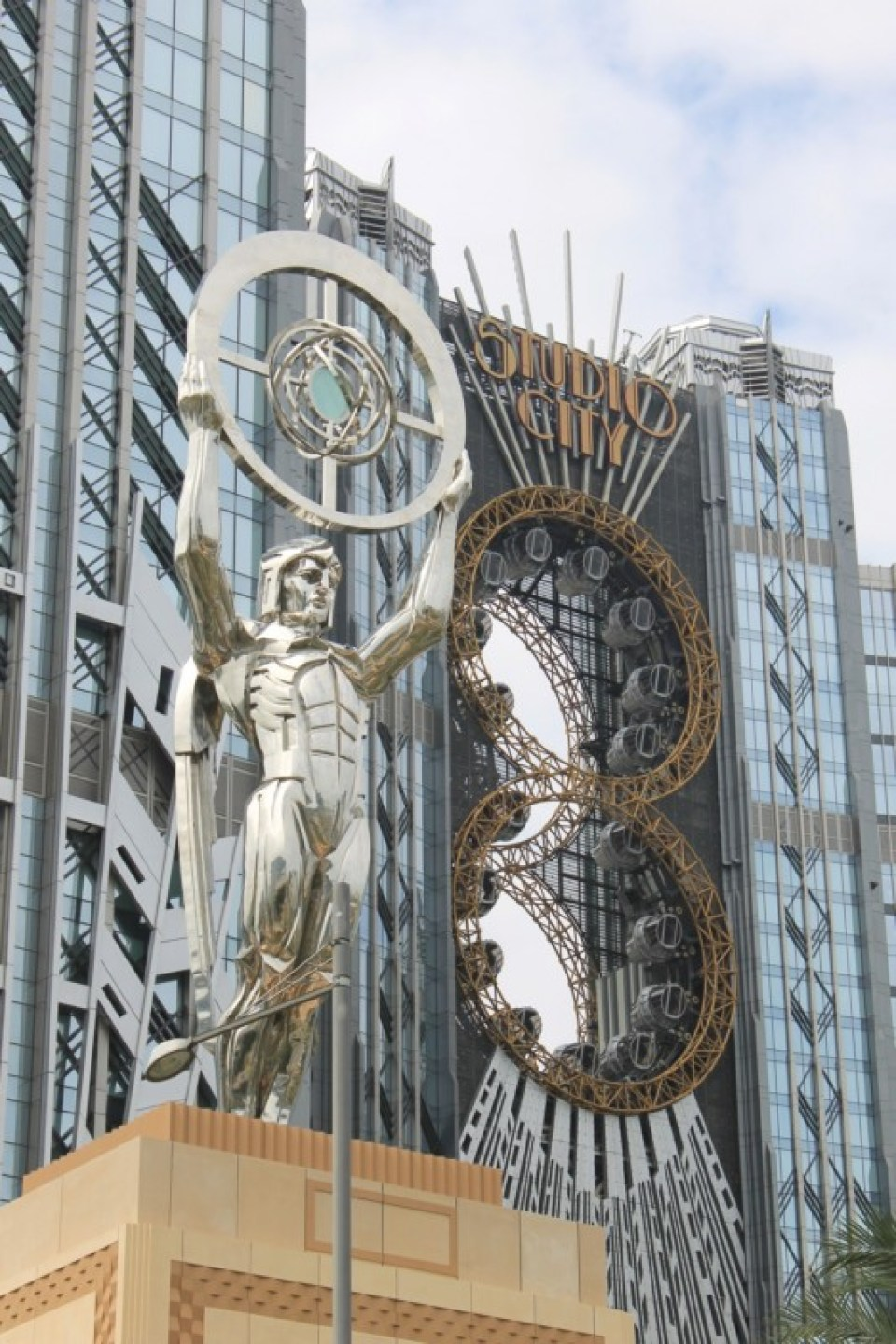 4 Studio City Macau_001