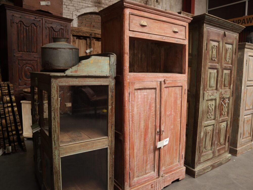 Houten cabinet Inpa bergen op zoom woonwinkel