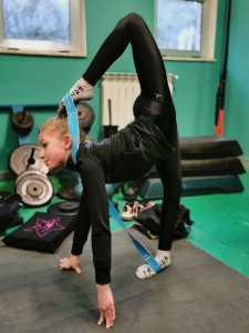 Elena (8 anni) la ginnastica ritmica come maestra di vita