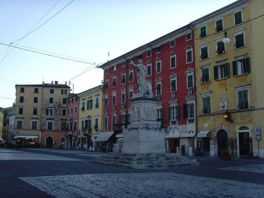 Piazza Alberica1
