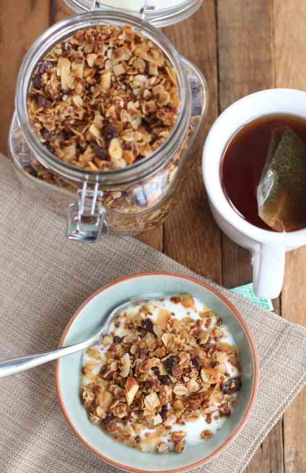 Chai Spice Granola with Almonds and Coconut 4