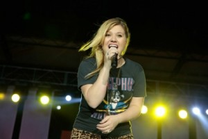 kelly clarkson burnaby