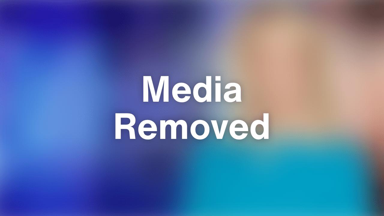 Burt Reynolds Appears Frail At Spike Awards Inside Edition
