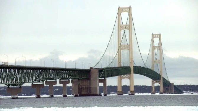 This Snow Covered Michigan Bridge Is So Scary Authorities Drive Motorists Across Inside Edition