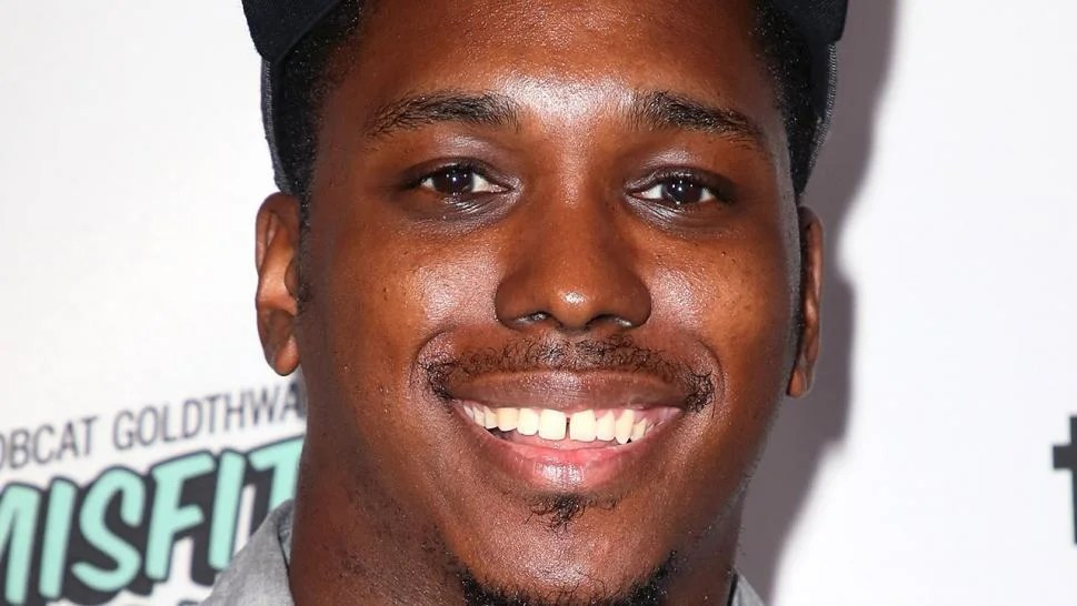 Kevin Barnett Comedian And Writer For Broad City And The Carmichael Show Dies On Vacation