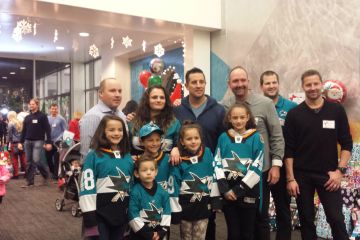 Sharks Holiday Assist 2016 at Solar4America Ice.