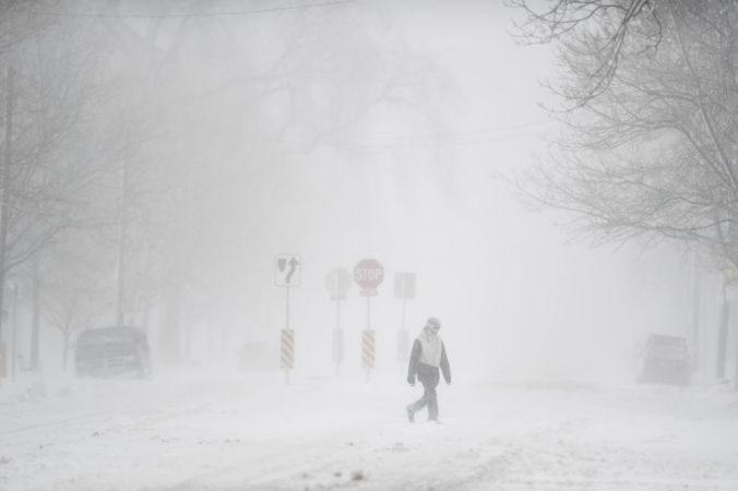 "Forecasters Expect ""Arctic Blast"" to Break More Than 300 Weather Records"