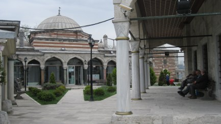 Enjoy the peace of the Şemsi Paşa Camii courtyard.
