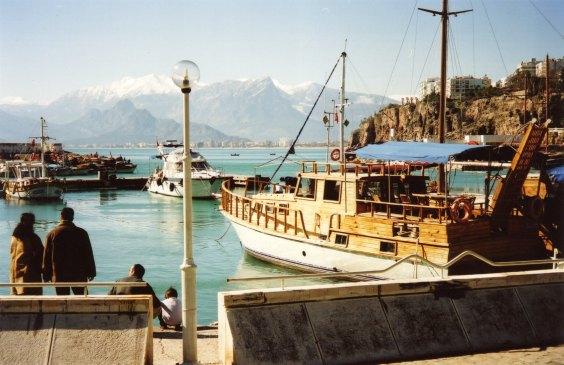 An 04 Kaleici harbour