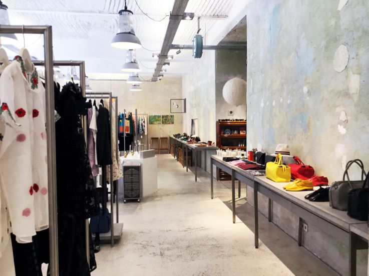 393daa26a77 Filling the space is a constantly changing selection of men and womenswear