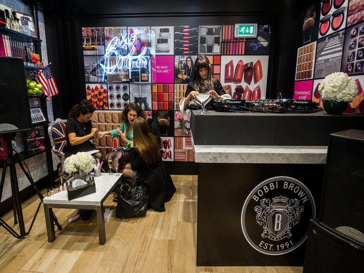 Bobbi Brown Studio expert retail