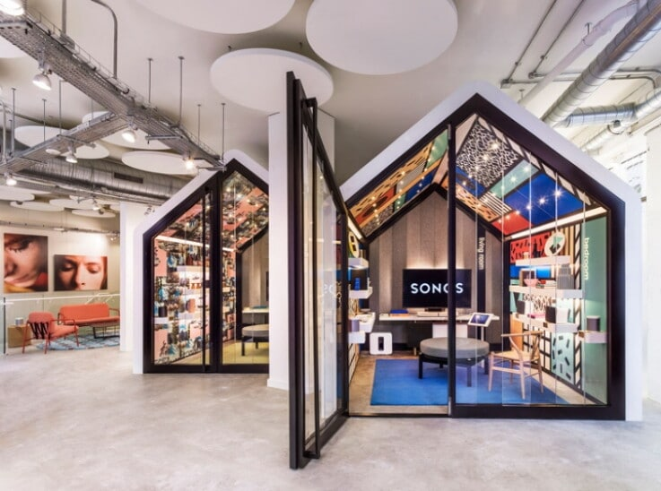 Flagship Store - Luxury Brands