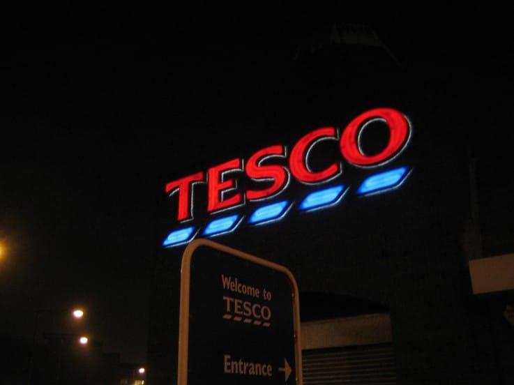 Tesco retail sales in store