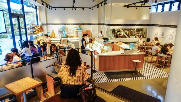 physical retail coffee shop tokyo
