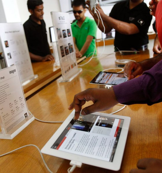 Apple to launch first online store in India next week
