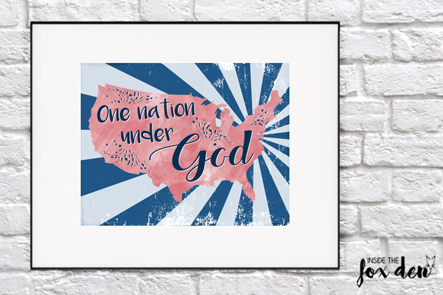 This patriotic printable is the perfect addition to any 4th of July decor! Come download it for free!